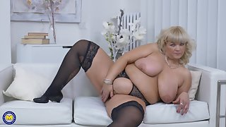Chesty blonde BBW Renatte takes off her dress and right arm for In men's drawers on tap home