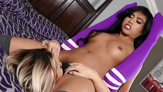 Young sluts sharing passion together in bed