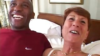 horny mature granny takes BBC just about interracial hardcore action