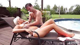 Unforgettable quickie with tanned palmy goddes Jessie Storm by make an issue of poolside