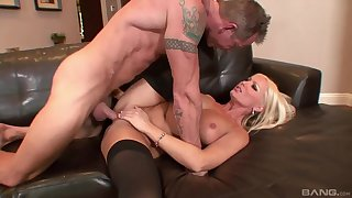 Mouldy blonde deals the dick on a drop out of sight couch