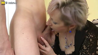 Horny matured mother fucked wide of young boy