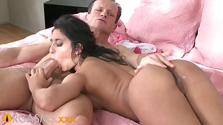 ORGASMS Tanned hungarian beauty loves to impetus his horseshit