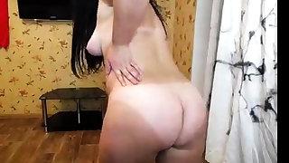 Pornstar solo jerk elsewhere after dancing