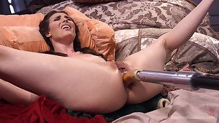 Extreme anal sex with the new fucking machine