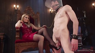 Facesitting blonde Aiden Starr tortures her male usherette helter-skelter pegging