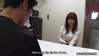 Pretty Japanese girl Asuka Kyono is jilling wet pussy less front of one odd man
