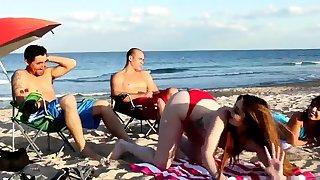 Mom fucks boss' comrade's daughter threesome xxx Beach