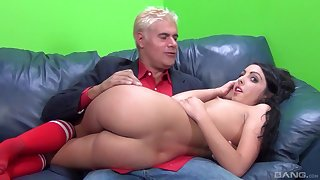 Crispy haired cutie Daiana King gets their way sweet pussy pounded